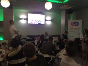 Mladi Dugopolja kroz prvi dugopoljski PUB QUIZ prezentirali rezultate i diseminirali projekt razmjene mladih - UNESCOnnect us! Slika 4
