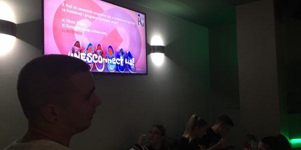 Mladi Dugopolja kroz prvi dugopoljski PUB QUIZ prezentirali rezultate i diseminirali projekt razmjene mladih - UNESCOnnect us! Slika 2